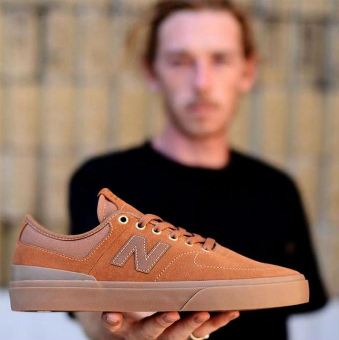 Topánky NEW BALANCE NM379BWT / Brown
