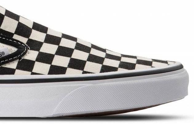 4cff9d7dc6ada Topánky VANS - CLASSIC SLIP ON Black \ White Checkerboard \ White ...